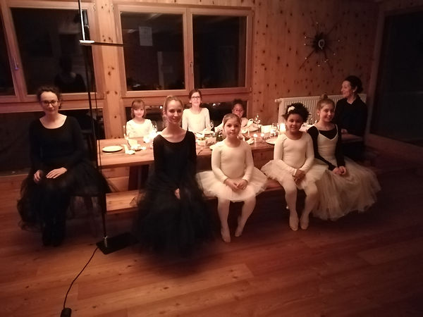 Ballerinen-WE_12-2018_Avant_le_dîner_2.j