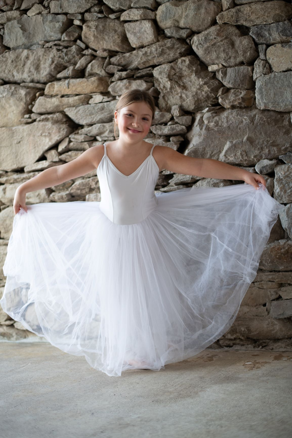 Ballerina in Long Tutu 4 - Photo © Daniela Brugger