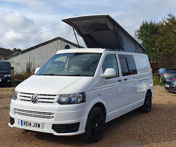 VW Transporter -Camper Conversion and El