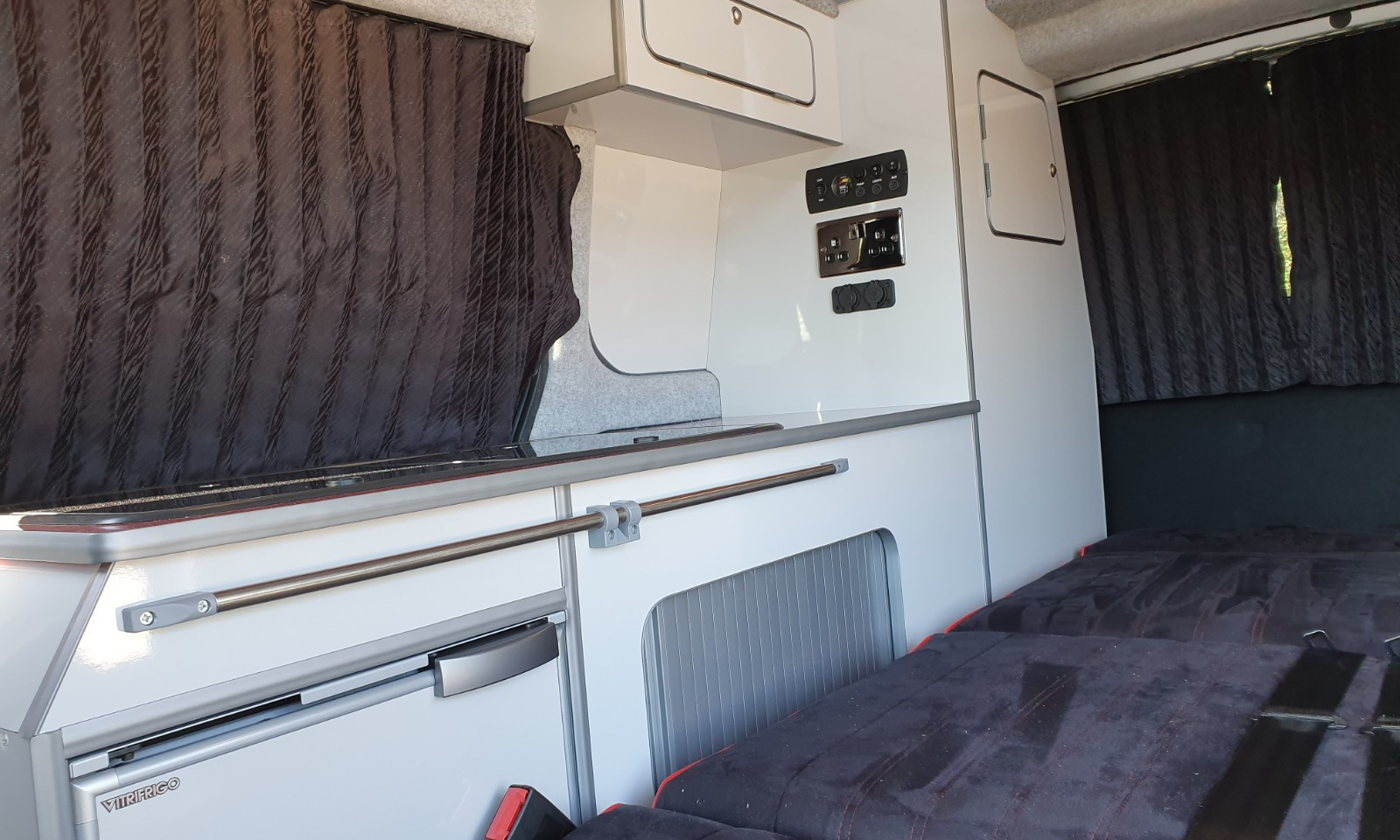 NV200- Roof and 38 RR Side Conversion(3)