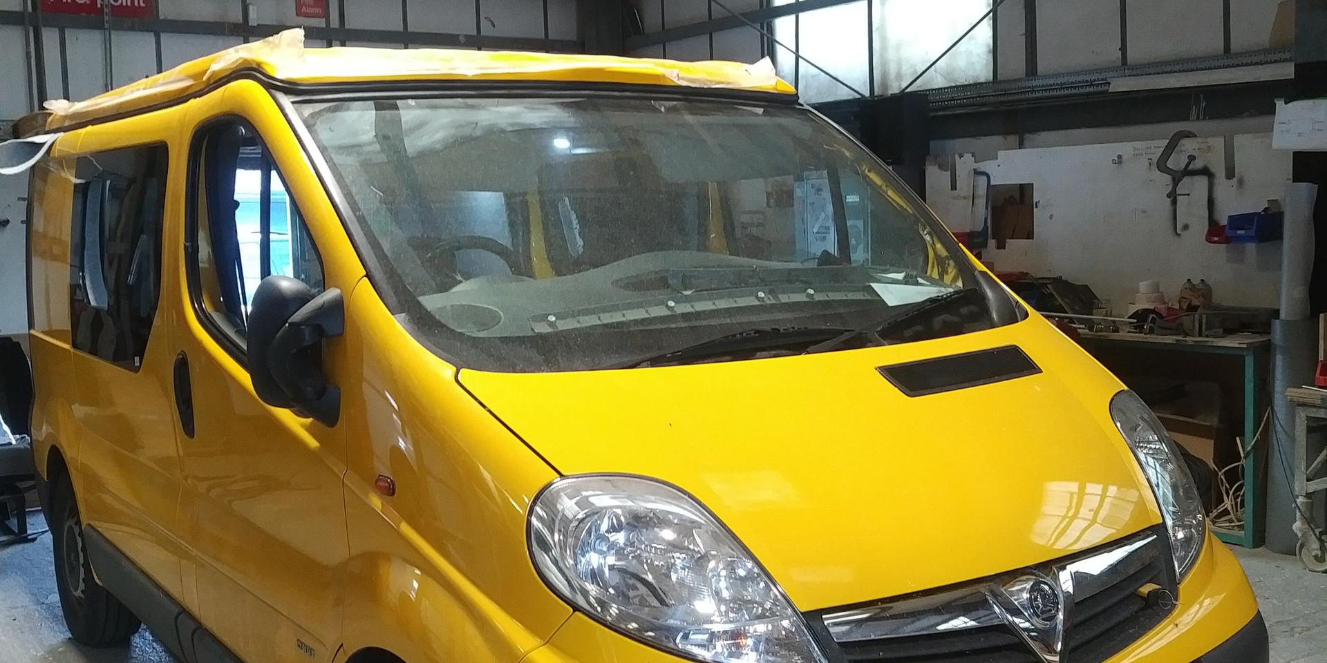 Vauxhall Vivaro - Bumble Bee-4.jpg