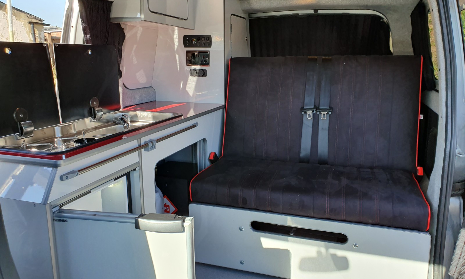 NV200- Roof and 38 RR Side Conversion(27