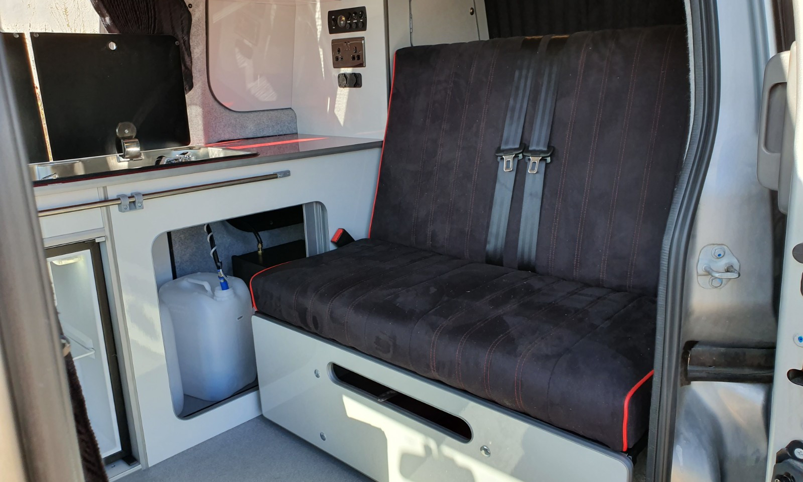 NV200- Roof and 38 RR Side Conversion(18