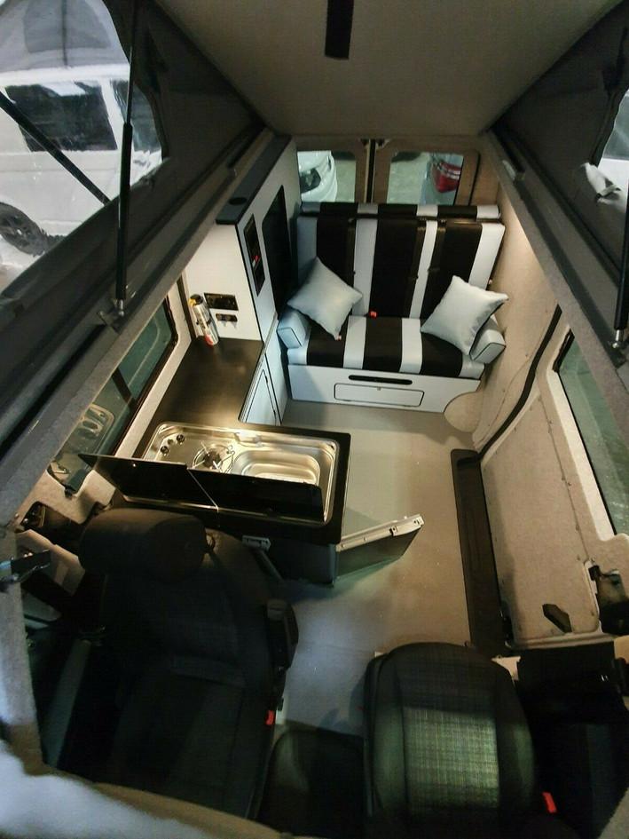 EJ16 CCU - Mercedes Vito - SCA Roof and