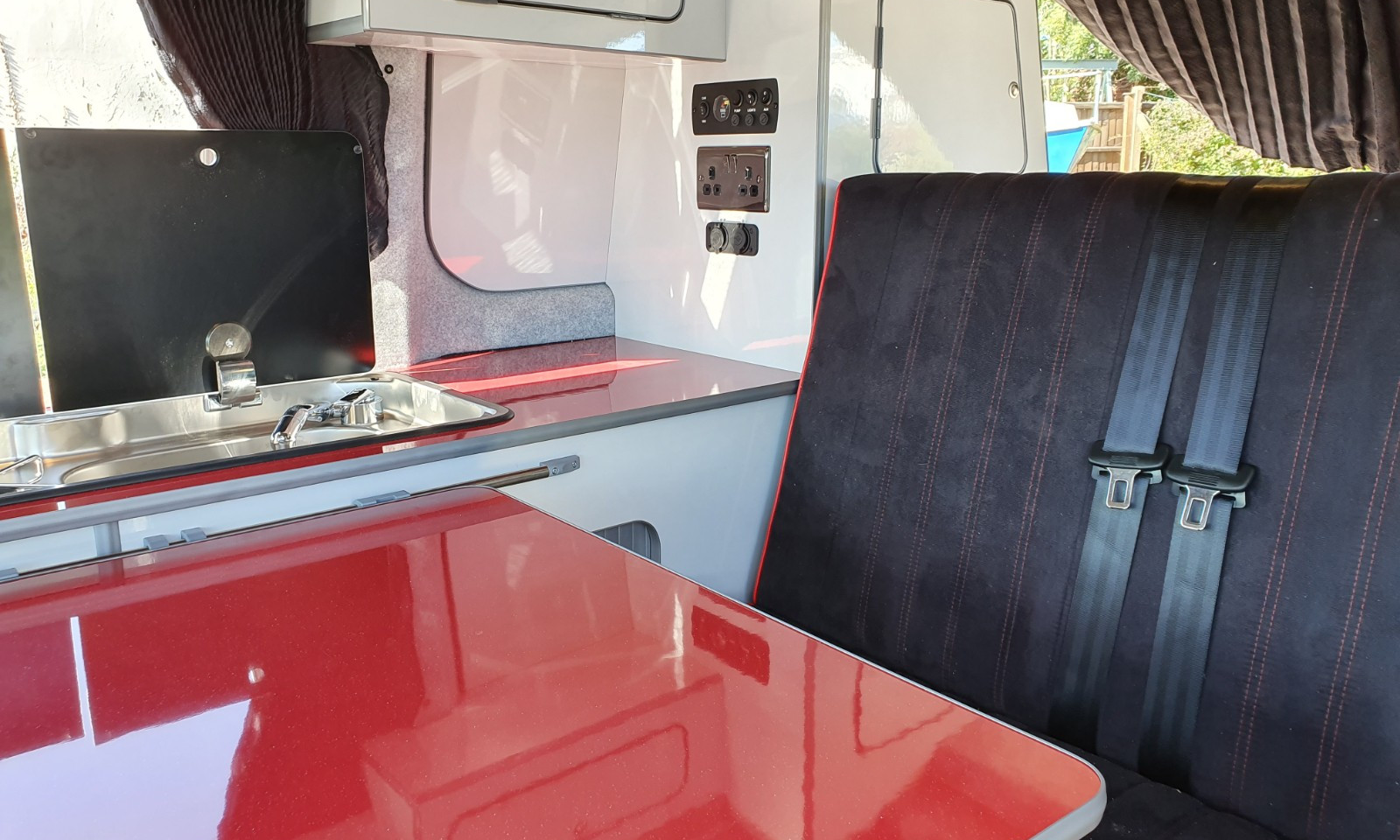 NV200- Roof and 38 RR Side Conversion(10