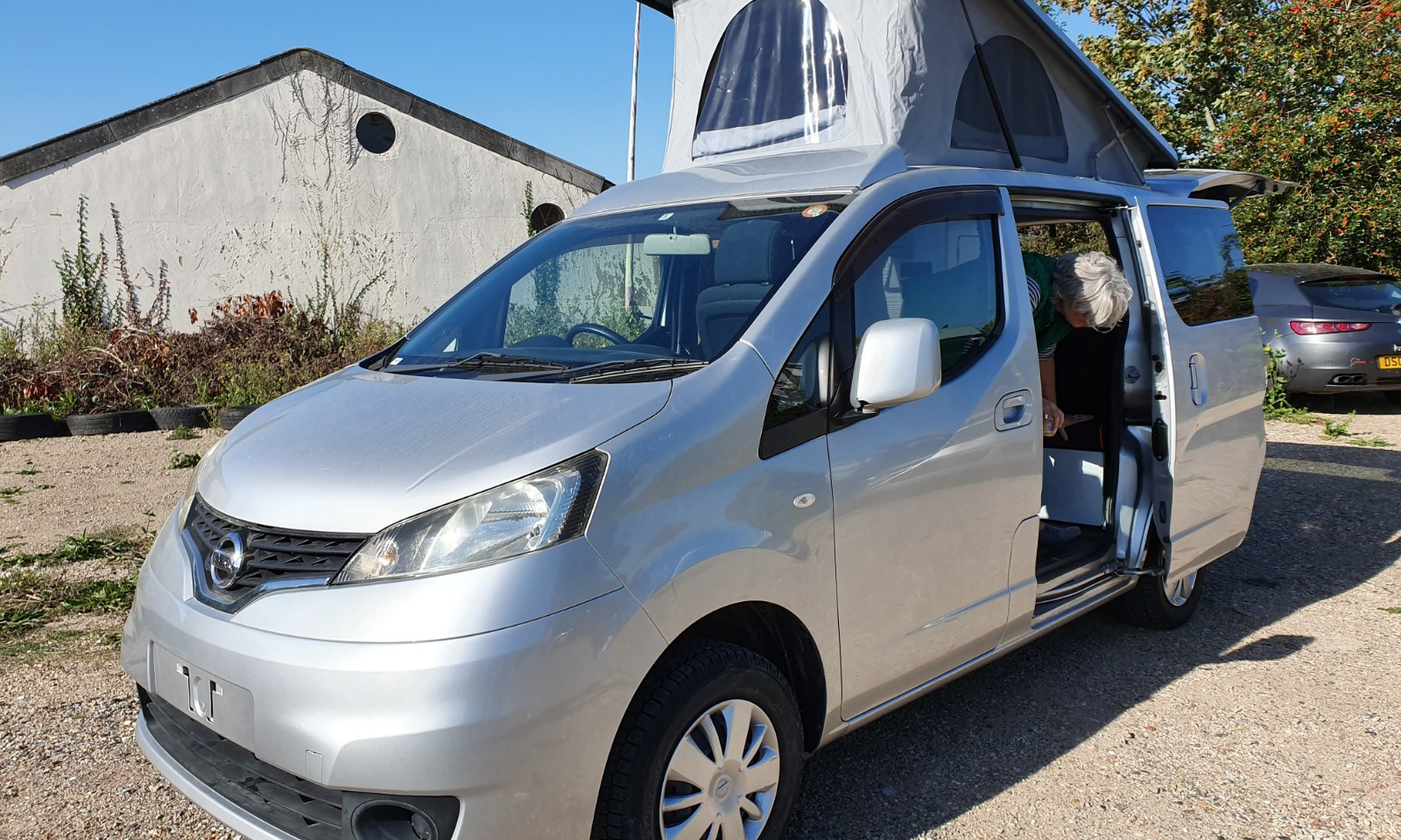 NV200- Roof and 38 RR Side Conversion(20