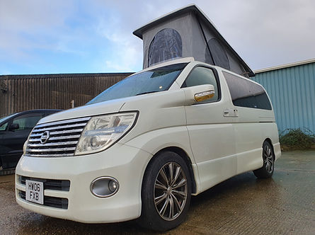Nissan Elgrand Highway Star 2006 - Roof