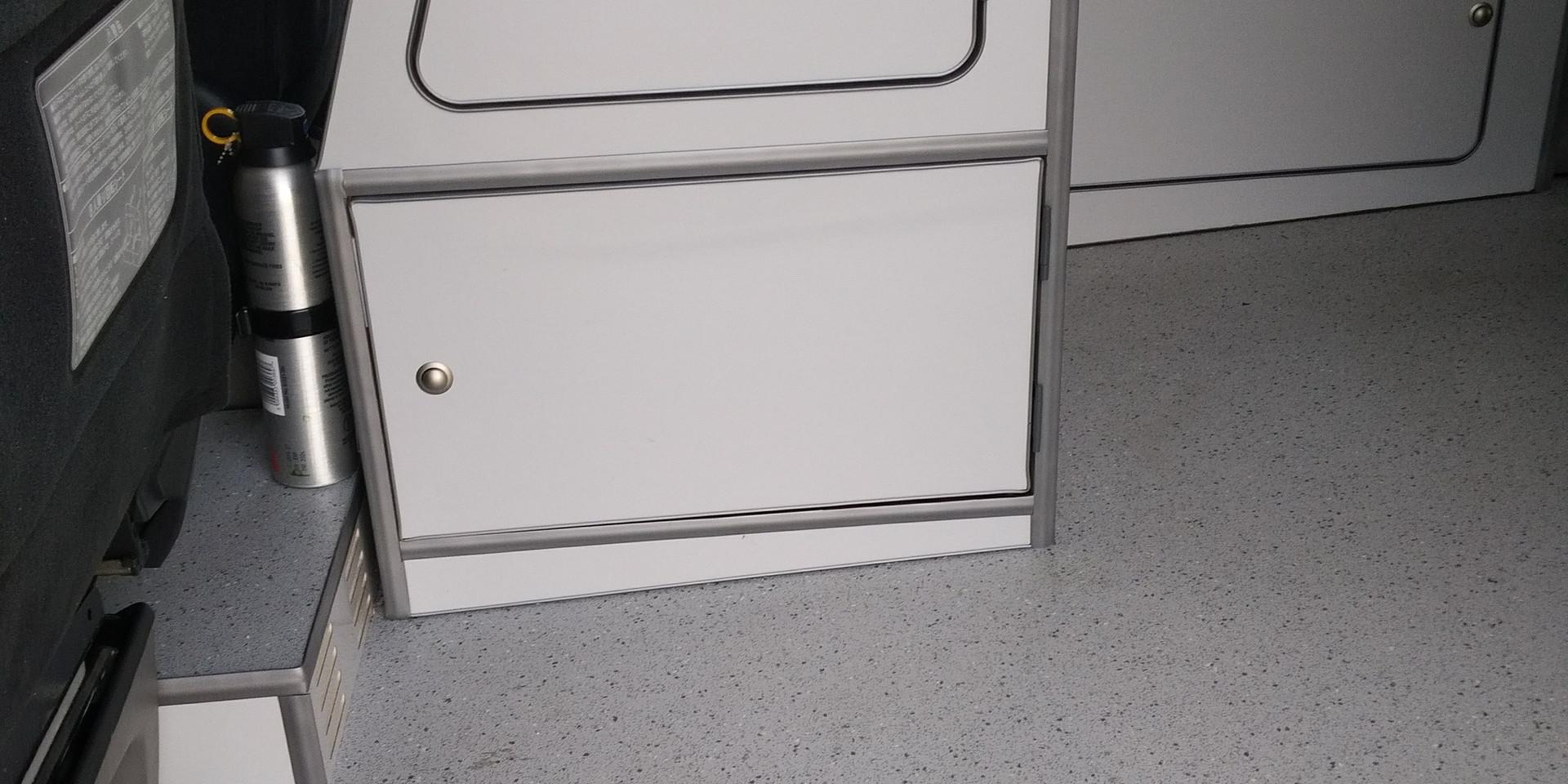 Alphard 48 RR Modular - Kitchen section