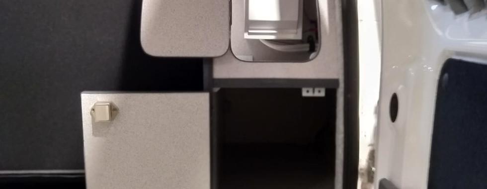 NV200 (7).jpg