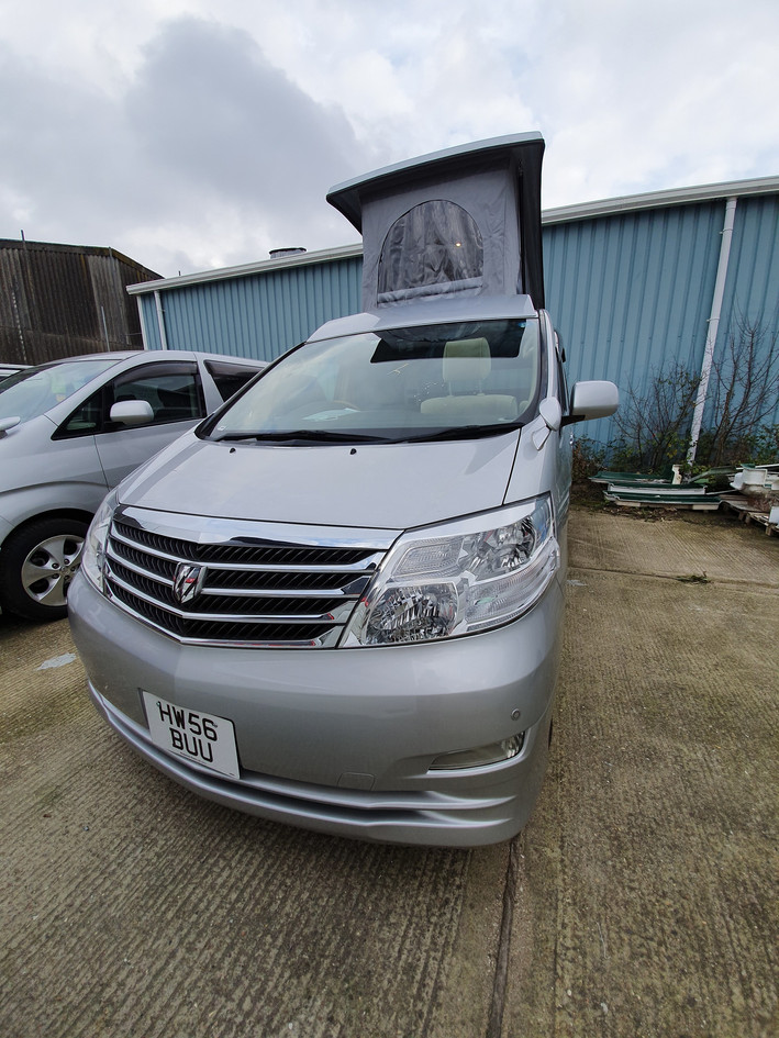 Toyota Alphard HW56 BUU - Roof and 48 RR