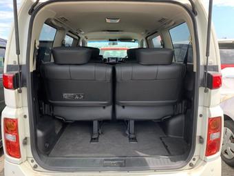 2008- Nissan Elgrand HWS - Black Leather Edition - E51-265418 - 59975 miles (24).jpg