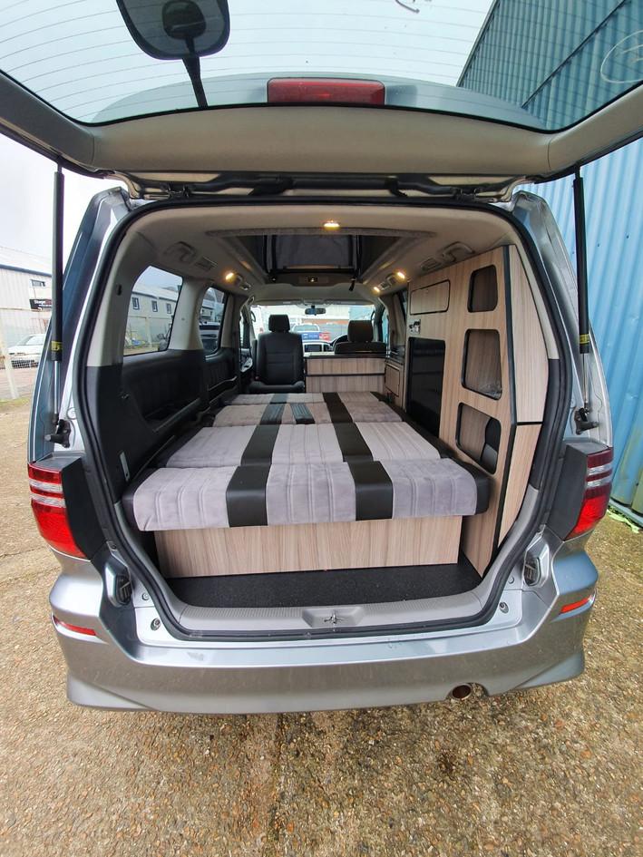 Saki - Alphard 3 Seater Wide Bed - 48 RR