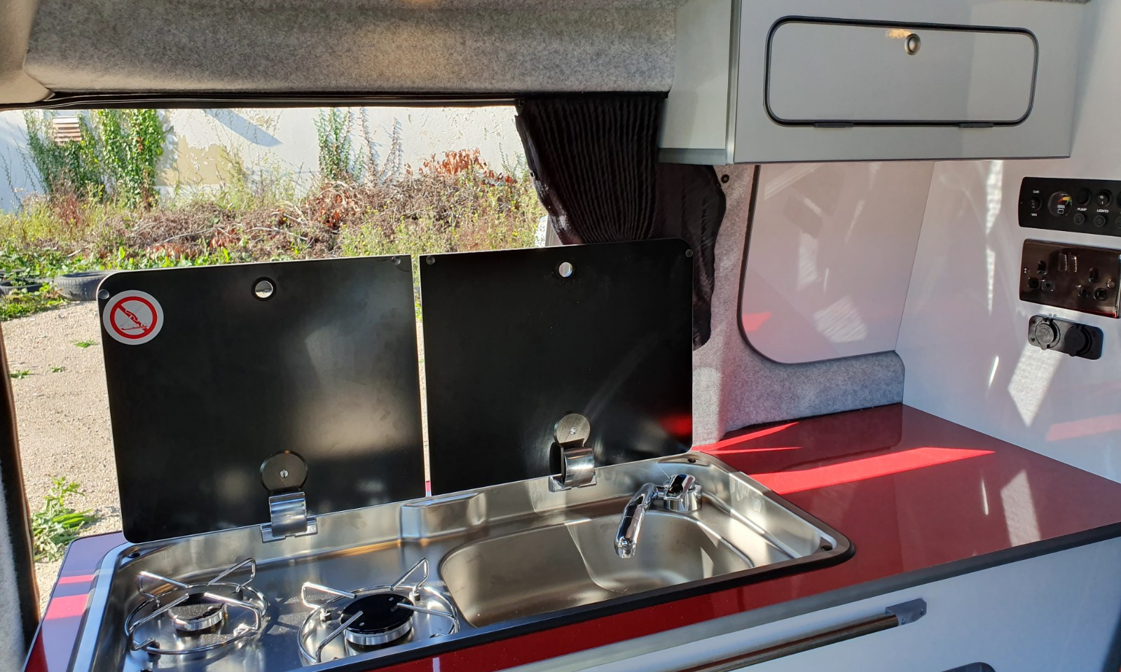 NV200- Roof and 38 RR Side Conversion(28