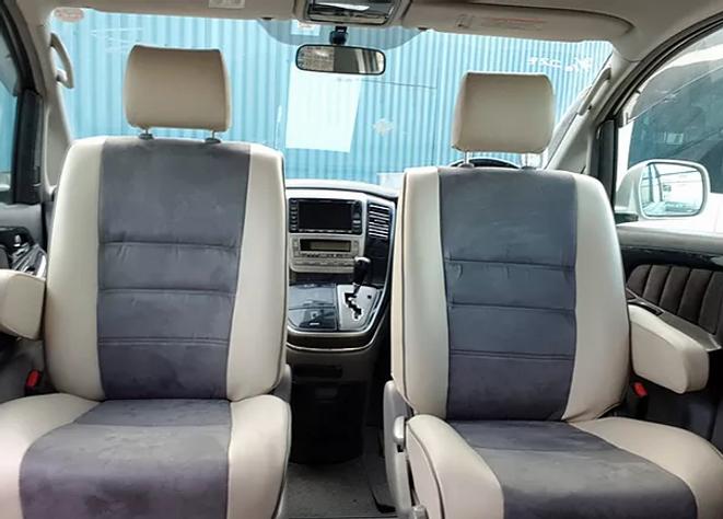Driver and Passenger Swivel Seats.webp