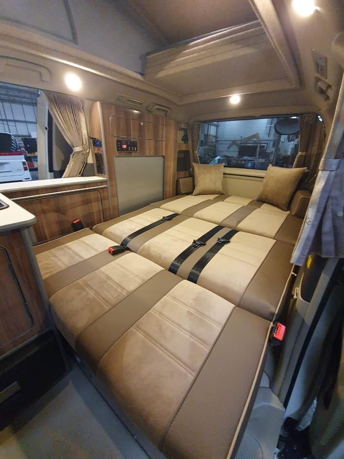 Alphard MXL Edition Roof and 48RR On Sli