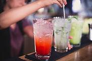 misturar bebidas
