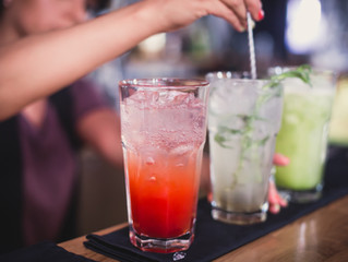 5 Best Alcoholic Drinks for Weight Loss