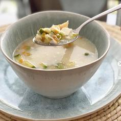 Sopa de Flor de Calabaza y Elote