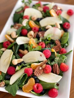 Ensalada con fruta y nueces