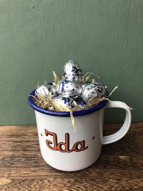 Ida tin mug filled with 85g of Baci Perugina eggs