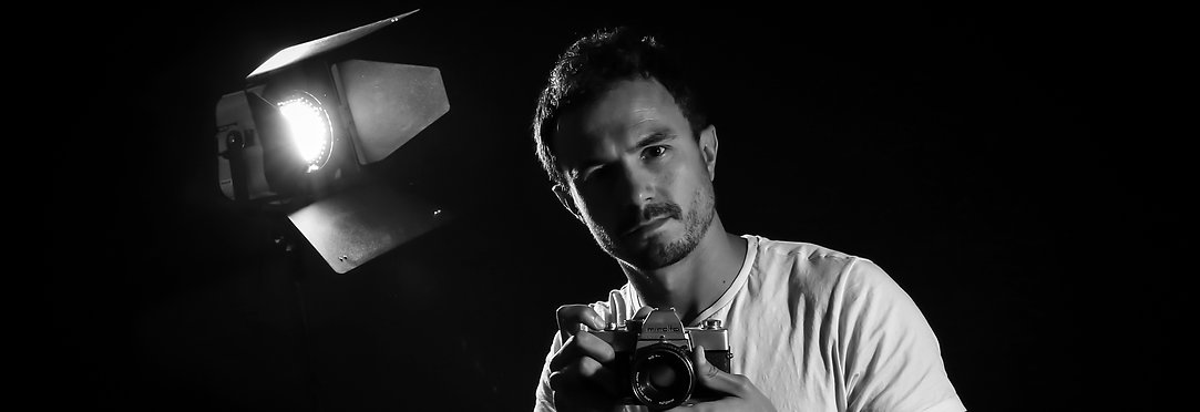 Autoportrait - Photographe - Aix-en-provence - Evènementiel - Mariage - Reportage - Paysage - Sport - Art