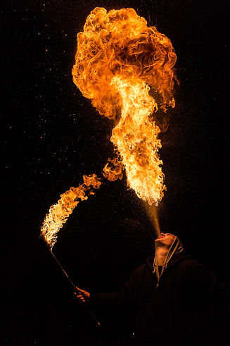 Cracheur de feu, photographie art - photographe art - Aix-en-provence