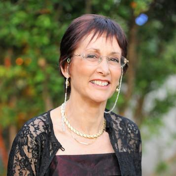 ראיון עם המשוררת מירי גלעד