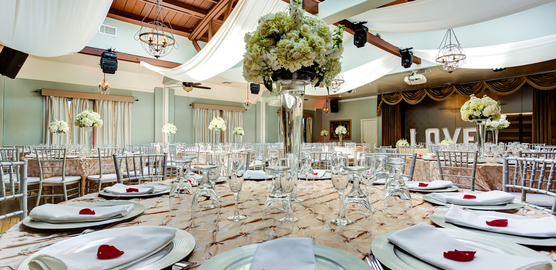 Atlantis Banquet Hall main room