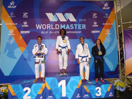 Congratulations to Team Link Blue Belt Suzanne Grubb on winning bronze at the IBJJF Masters World Ch
