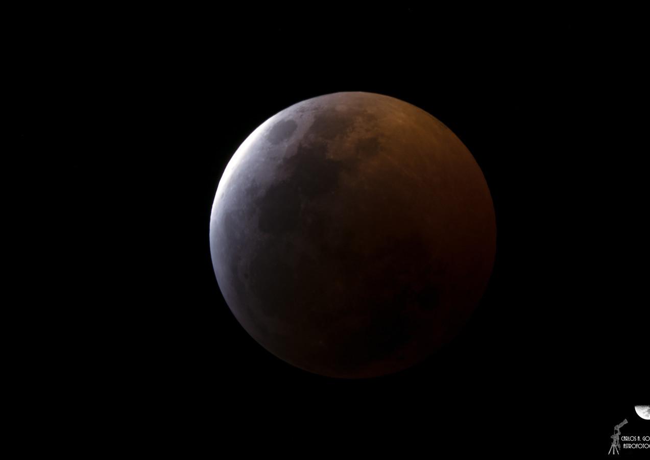 Eclipse de Luna - Inicio de la Totalidad