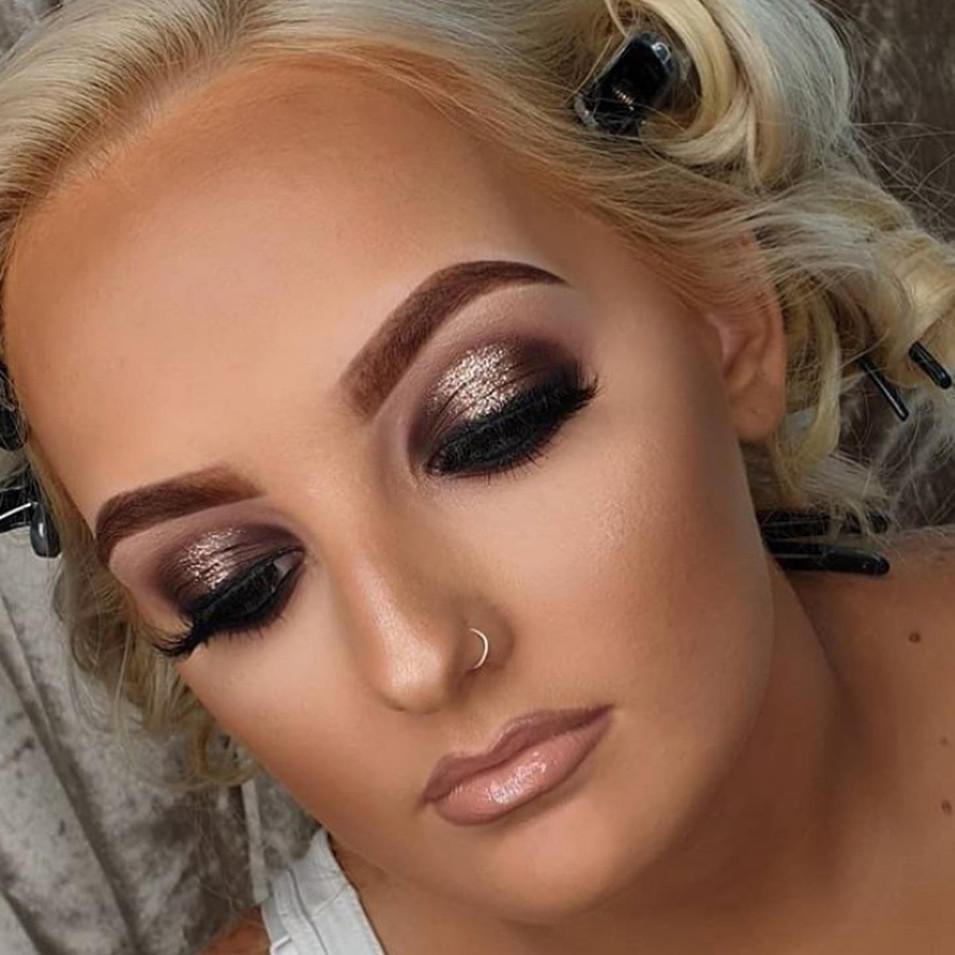 Make up at Jenna McDonnell