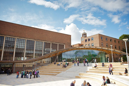 University_of_Exeter_Piazza_(6946750730)