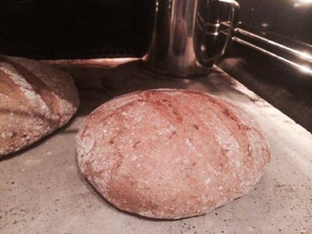 Domač ržen kruh