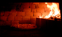 littlehamptonbrick.com.au_inside-a-brick-pizza-oven