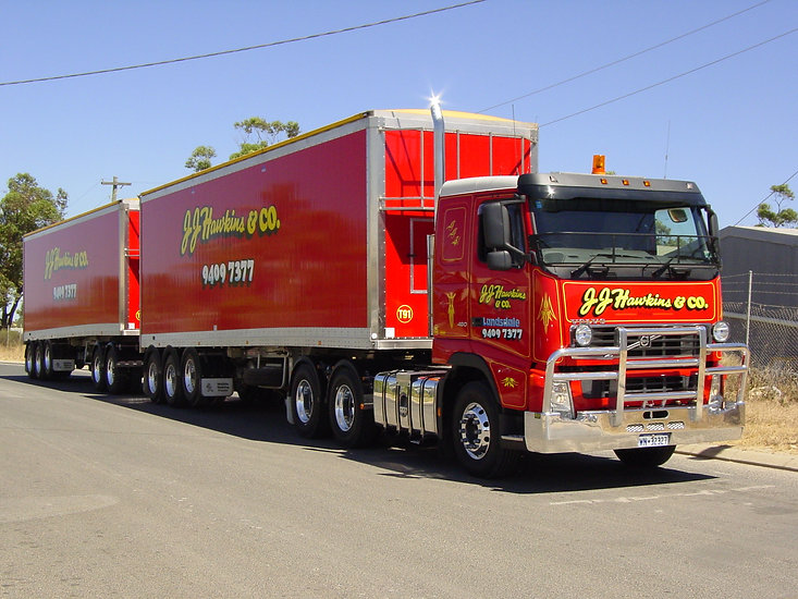 M25 and Walking Floor Trailers 008.jpg