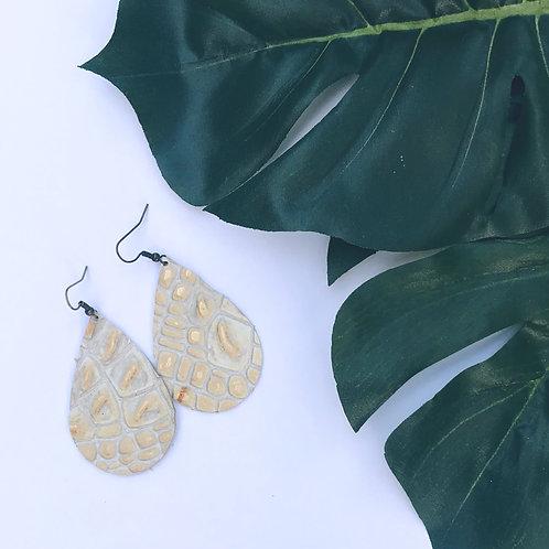 Glistening Gold Teardrop Diffuser Earrings