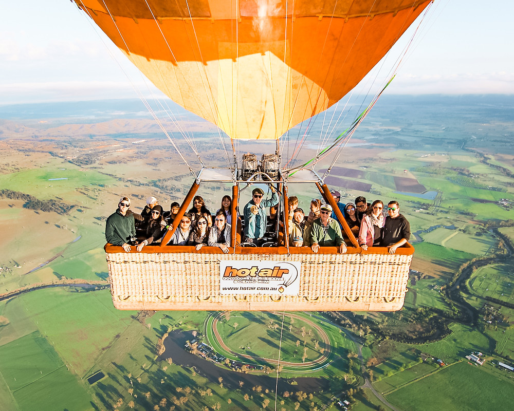 Hot Air Balloon Cabin Mid Air 2