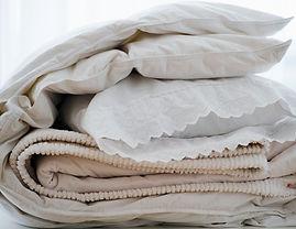 枕頭和毯子
