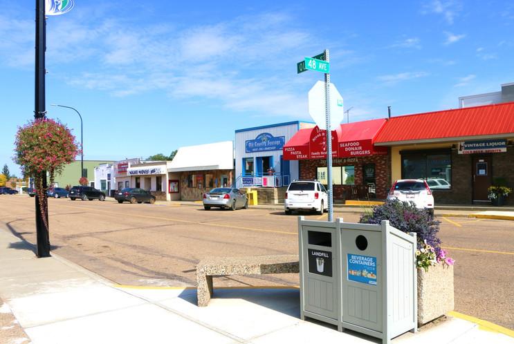 Town of Bruderheim_ main street businesses