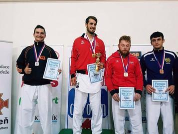 Ilija Letic erkämpft sich den zweiten Platz am Euro Grand Prix in Tschechien