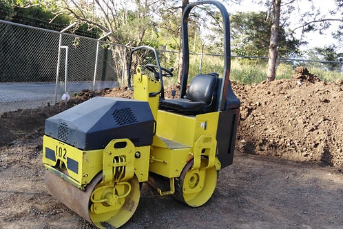 Rodillo compactador de 1.5 ton #102