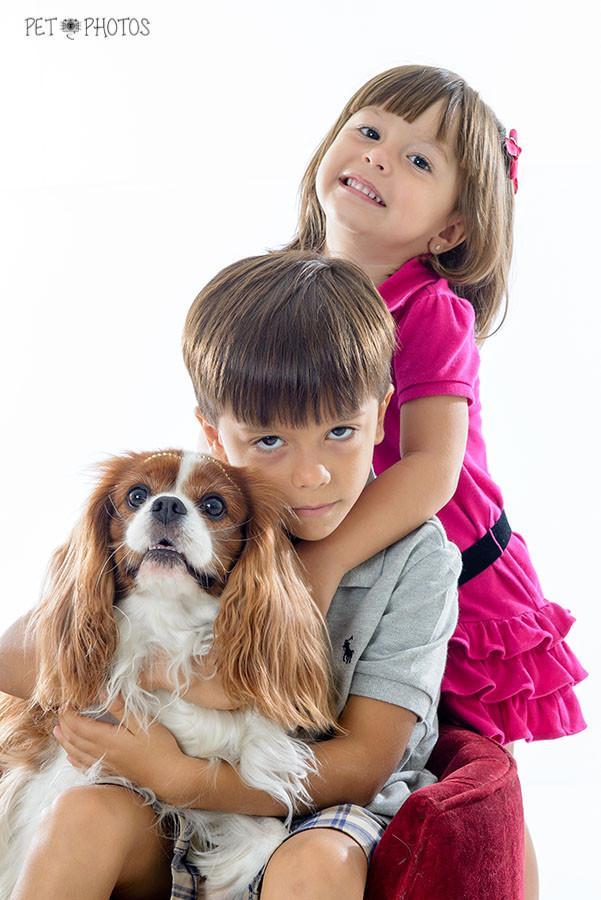 fotografia de pets e crianças