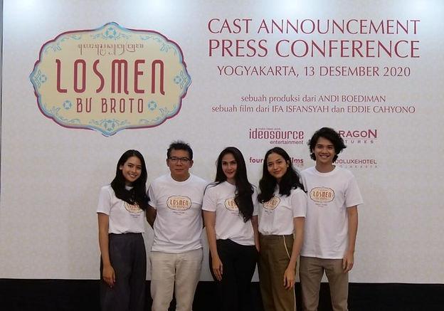 jumpa-pers-film-losmen-bu-broto_edited.j