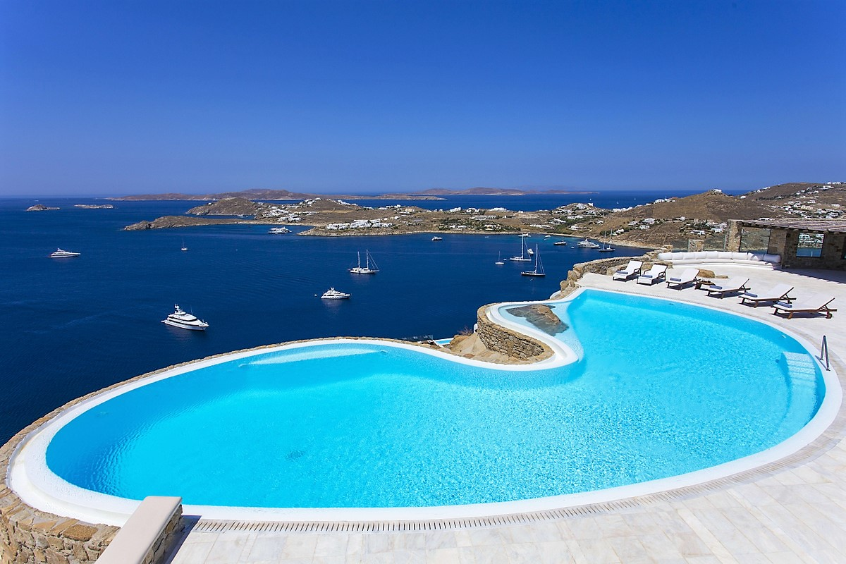 Mykonos villa with infinity pool and water view