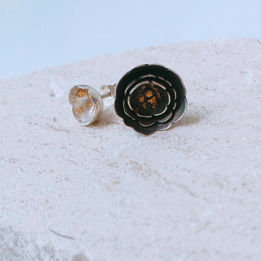 5+2 Jewellery Camellia Earrings