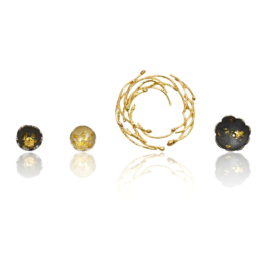 5+2 Jewellery Camellia Earring Set