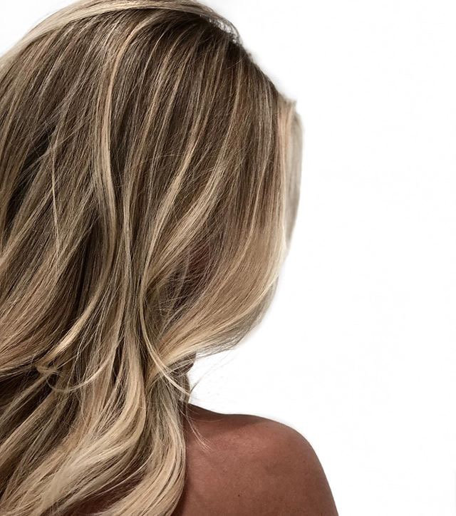 -Tan%20skin%2C%20lived%20in%20blonde%20highlights...This%20is%20Cali%20Hair%20right%20here.%20%0AThi