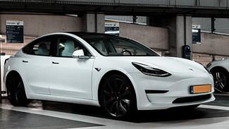 Laadcapaciteit voor elektrische voertuigen op het werk schiet nog vaak tekort