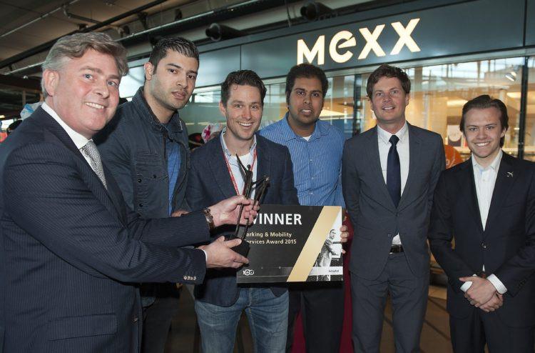 D&B The Mobility Group ontvangt Schiphol Consumer Award 2015
