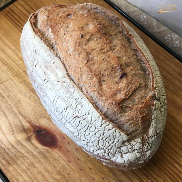 Pão Rústico com Azeitonas Azapas